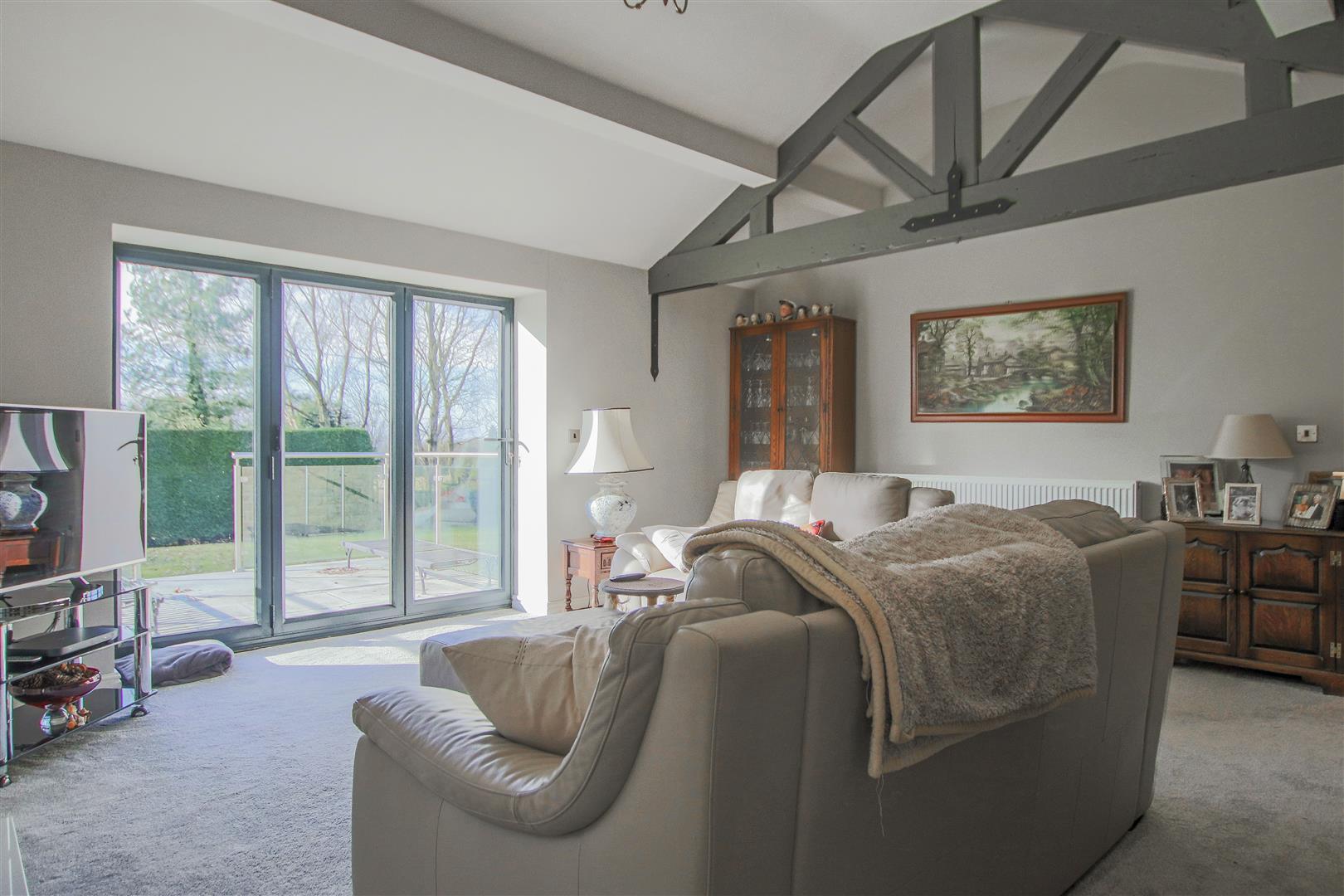 6 Bedroom Barn Conversion For Sale - 20.JPG